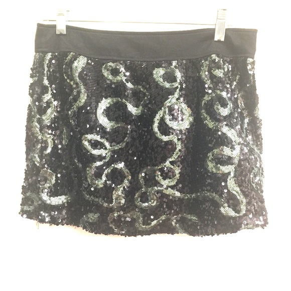 Forever 21 Dresses & Skirts - Forever 21 Sequined Mini Skirt